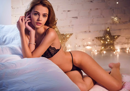 Why are common reasons to book a Berlin escort?